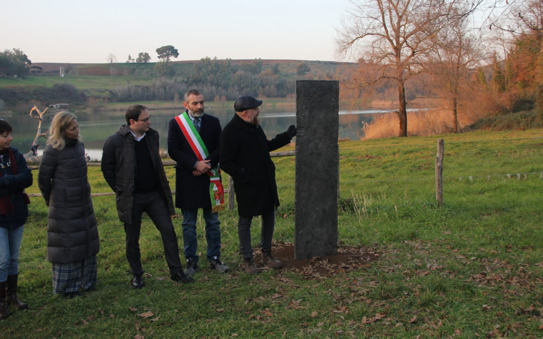 "Official presentation of Francesco Arena's work, ""Sea (Cylinder Divided and Parted 113 km)"" (Lake of Giulianello)"